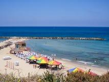 Uma praia em Tel Aviv fotografia de stock royalty free