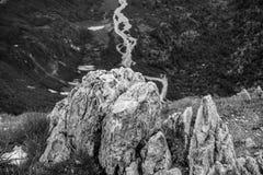 Uma rocha nos cumes Fotografia de Stock