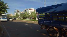 Uma rua em Vientiane, Laos vídeos de arquivo