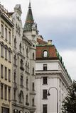 Uma rua razoavelmente típica em Viena imagens de stock royalty free