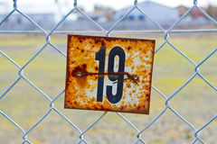 Sinal oxidado do número 19 Imagens de Stock Royalty Free