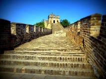 Uma seção abandonada do Grande Muralha de China, uma das sete maravilhas do mundo moderno Imagens de Stock