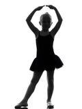 Uma silhueta da dança do dançarino de bailado da bailarina da menina Fotografia de Stock Royalty Free