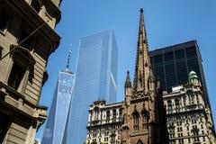 Uma skyline Apple grande 6 de New York City EUA da construção do World Trade Center Foto de Stock Royalty Free
