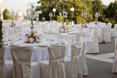 Uma tabela ajustada para o casamento Imagem de Stock Royalty Free