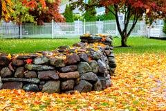 Uma tarde do outono em Massachusetts suburbano - 7 imagem de stock royalty free