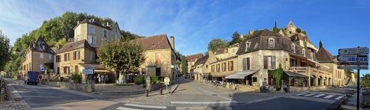 Uma tarde quieta em do centro Beynac-e-Cazenac foto de stock