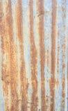 Uma textura oxidada do metal do ferro ondulado Imagem de Stock Royalty Free