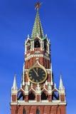 Uma torre de Spassky de Moscovo Kremlin, Rússia foto de stock royalty free