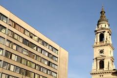 Uma torre em Budapest fotografia de stock royalty free