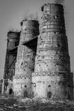 Uma torre velha do cal em Poldi Metallurgy fotos de stock royalty free