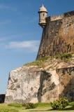 Uma torreta pequena na parede Imagens de Stock Royalty Free