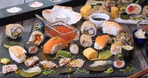 Uma variedade do alimento japonês: sushi, nigiri, sashimi Imagem de Stock Royalty Free