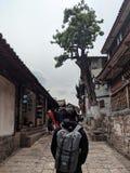 Uma vez que acima de um momento no lijiang velho da cidade fotografia de stock royalty free