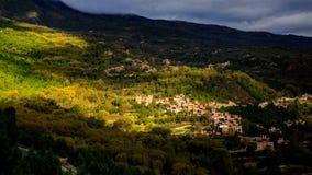 Uma vila da residência Imagem de Stock Royalty Free