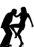 Uma violência da autodefesa do homem e da mulher dos pares imagens de stock