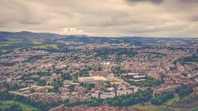 Uma vista aérea da cidade de Edimburgo, Escócia fotografia de stock royalty free