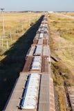 Uma vista aérea de um trem da grão na pradaria Imagem de Stock Royalty Free