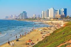 Uma vista alta em Jaffa em Jaffa e Tel Aviv encalham imagem de stock royalty free