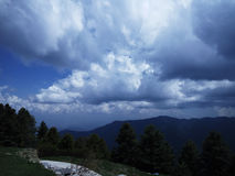 Uma vista bonita dos Himalayas Fotos de Stock Royalty Free