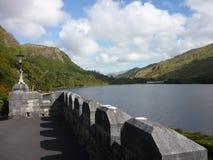 Uma vista da abadia de Kylemore Fotografia de Stock Royalty Free