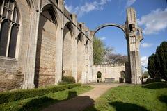 Uma vista das sobras da abadia de Crowland, Lincolnshire, Ki unido imagem de stock