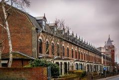 Uma vista de casas inglesas típicas Fotografia de Stock Royalty Free