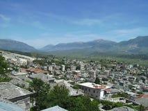 Uma vista de Gjirokaster, Albânia Imagens de Stock Royalty Free