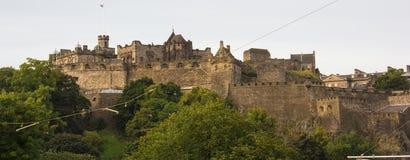 Uma vista do castelo de Edimburgo imagem de stock royalty free