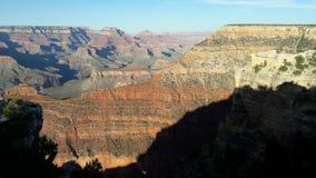 Uma vista do Grand Canyon em um dia claro Fotografia de Stock