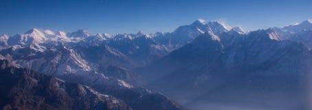 Uma vista do Mt everest fotografia de stock royalty free