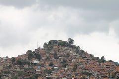 Uma vista mostra o precário do EL Valle, Venezuela imagem de stock