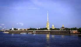 Uma vista panorâmica da fortaleza de Peter e de Paul, St Petersburg Imagens de Stock Royalty Free