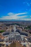 Uma vista sobre a cidade de Roma fotografia de stock