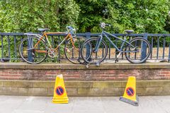 Uma vista típica em Londres central Reino Unido imagem de stock