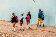 Uma vista típica em Trinidad em Cuba foto de stock royalty free