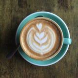 Uma xícara de café na vista superior Fotografia de Stock Royalty Free