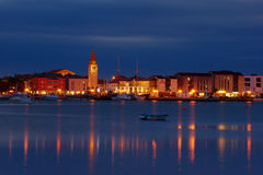 Umag bis zum Night Stockfotografie