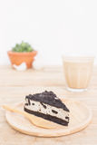 Umas partes de bolo de queijo da cookie e do creme Foto de Stock