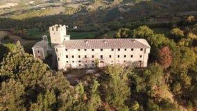 Umbertide, Pérouse Vue aérienne avec le bourdon du château abandonné clips vidéos