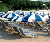 Umbrellas and sun beds Royalty Free Stock Images