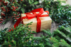 Umfangreiche Reihe Feiertagsschüsse mit einer Vielzahl von Stützen und von Ba Lizenzfreies Stockfoto