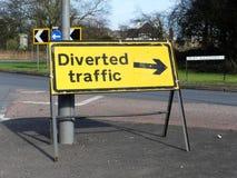Umgeleitetes Verkehrszeichen, Rickmansworth stockbild