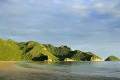 Umhang nahe Nationalpark, Thailand HORIZONTAL lizenzfreies stockfoto