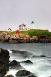Umhang Neddick Leuchtturm, Maine lizenzfreie stockfotos