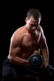 Umięśniony ćwiczyć z waga ciężką Zdjęcia Stock