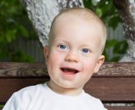 Uśmiechnięta chłopiec Zdjęcie Royalty Free