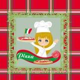 Uśmiechnięta kelnerki porci pizza, menu karta Zdjęcia Royalty Free