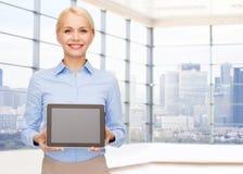 Uśmiechnięty bizneswoman lub uczeń z pastylka komputerem osobistym Obrazy Stock