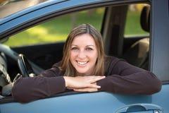 Uśmiechnięty kierowca Zdjęcia Royalty Free
